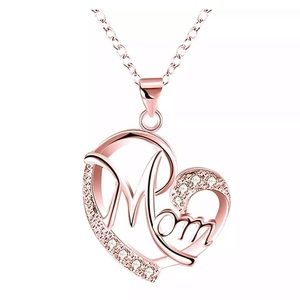 Jewelry - Love MOM Diamond Necklace
